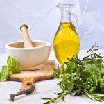 Zbavte se plísni a kvasinek s oregánovým olejem